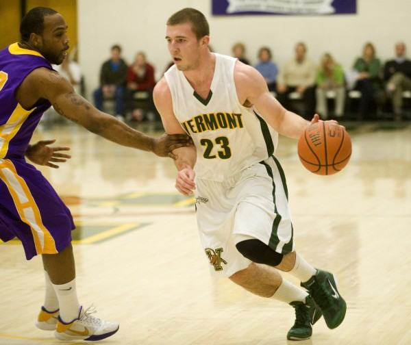 Brian Voelkel and the Catamounts led the way in the America East. (Photo/burlingtonfreepress.com)