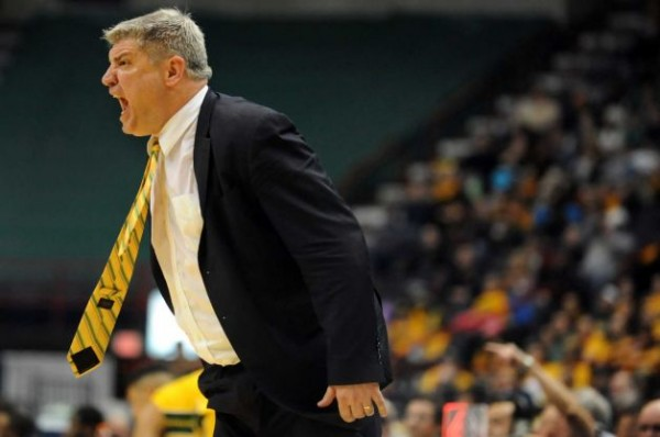 Siena's Jimmy Patsos coaches ou