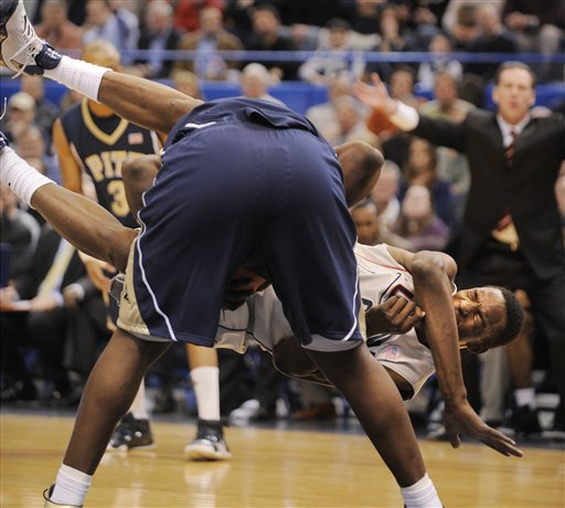 If the NBA doesn't pan out, it looks like the WWE may come calling (photo credit: AP/Fred Beckham)