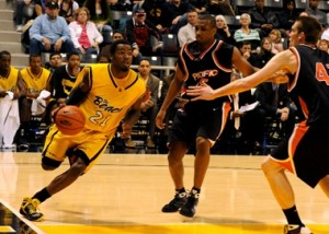 Long Beach State freshman Larry Anderson, averaging 21.0 points in his last three games, drives baseline against third-place Pacific.