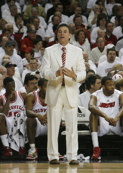 pitino-white-suit