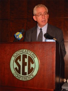 Will Slive and the SEC go searching for new blood?