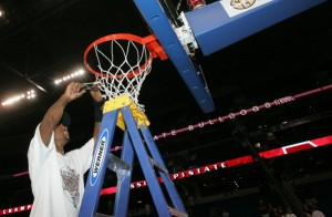 Bost's Return Means He and His Mississippi State Teammates Could Relive This Moment From 2009