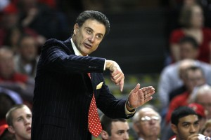 Pitino Battles an Old C-USA Rival Saturday