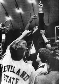 Kevin Mackey led his Vikings on a rampage in the 1986 tournament. (NY Times)
