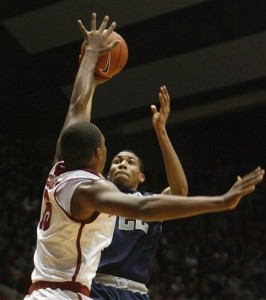 Otto Porter Will Be on Every Gator's Mind In This One (AP/R. Sutton)