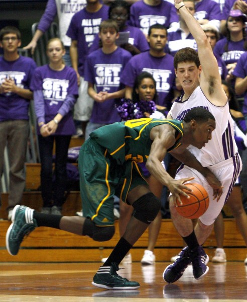 Baylor's Athletic Size and Length Confounded Northwestern (AP Photo/C. Cherney)