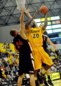 Long Beach State Continues To Roll. With Minimal Bids At Stake, Consistency Is Key. (Sean Hiller/Long Beach Press-Telegram)