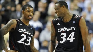 Sean Kilpatrick & Yancy Gates are Finally Smiling for Streaking Cincinnati (AP Photo)