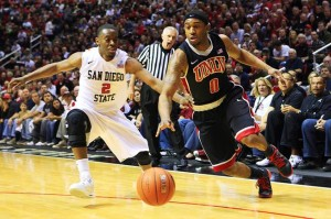 Oscar Bellfield and UNLV Will Try to Pass Xavier Thames and SDSU in the MWC Standings on Saturday Night