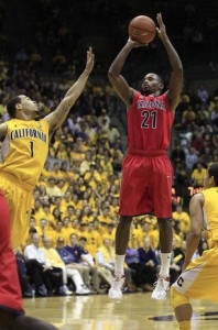 Kyle Fogg Helped Arizona Earn A Key Road Sweep Of The Bay Area Schools (photo credit: Jeff Chiu, Associated Press)