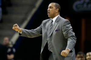 Lorenzo Romar is Going Through a Down Cycle as the Pac-12 Ramps Up  (Getty Images)