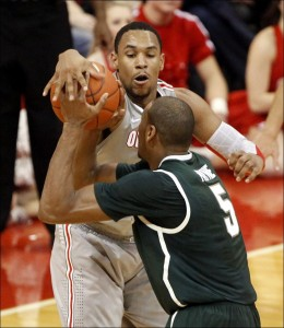 Can Ohio State stop Michigan State's quest for an outright Big Ten Title? (Associated Press)