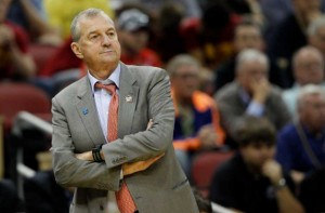 Jim Calhoun's Retirement Leaves a Void in College Basketball (AP Photo)