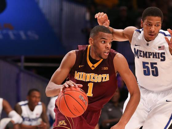 Andre Hollins is the only Gopher that shoots over 40% from beyond the arc. (USA Today)