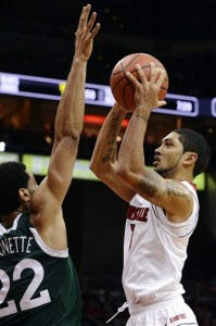 Peyton Siva orchestrated Louisville's offense with 10 points and 10 assists