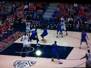 Yeguete coming out to help leaves him out of position to guard his man.