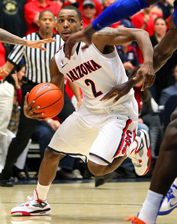 Mark Lyons' Game-Winner In the Closing Moments Lifted Arizona To A Thrilling Win Over Florida (Mike Christy, Arizona Daily Star)