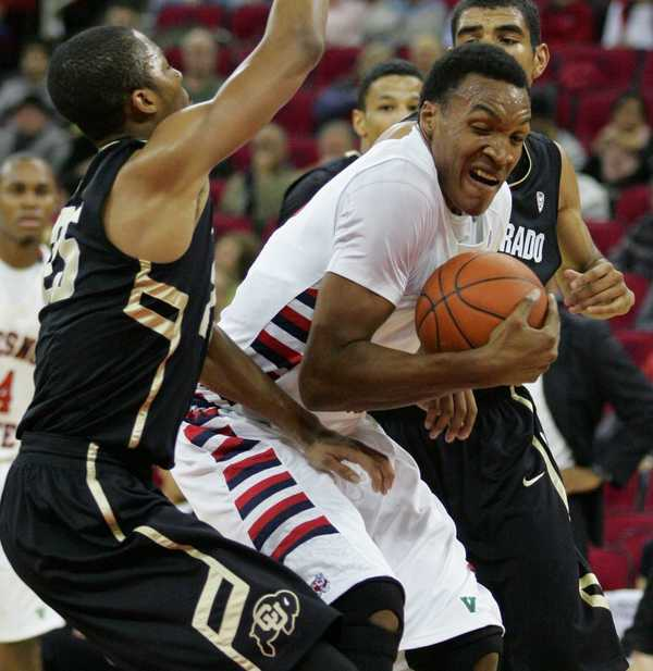 Robert Upshaw Has Shown Flashes Of Skill, But Inconsistency Is Limiting His Production (Gary Kazanjian, Fresno Bee)