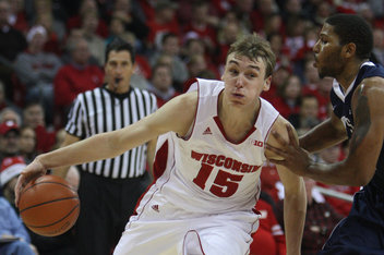 Sam Dekker had 17 points to lead to Wisconsin past Oregon and into the Sweet 16 Sunday night. (Mary Langenfeld-USA TODAY Sports)