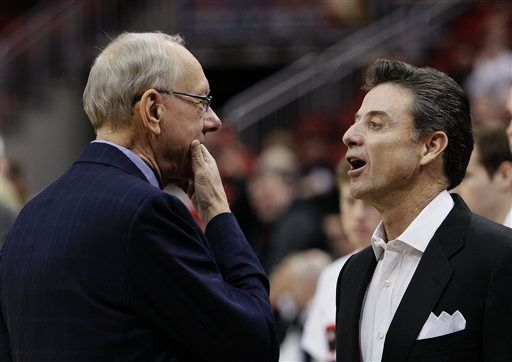 Boeheim and Pitino confer in a meeting of Hall of Famers