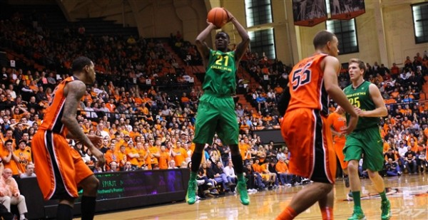 Damyean Dotson led the way for the Oregon on Sunday against Oregon State and the Ducks seem to be the third best team in the Pac-12 right now.