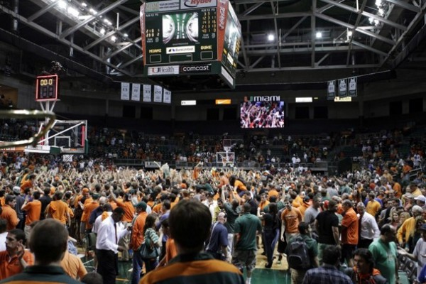 Miami Fans RTC'd the Blue Devils After Last Night's Destruction (credit: WaPo)
