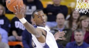 Utah State big man Jarred Shaw was just a little too much to handle for the Vandals' defense (hjnews.com)