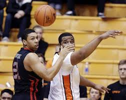 Joe Burton's No-Look, Over The Shoulder Passes Have Become A Staple In Oregon State's Offense. (credit: Washington Post)