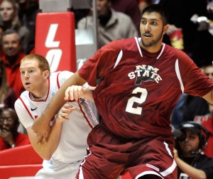 The Unconventional Game of New Mexico State's Gentle Giant, Sim Bhullar, Gives New Mexico State an Outside Shot at an Upset (Jim Thompson/Albuquerque Journal)