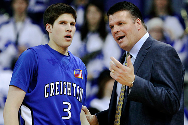 Can Father and Son Clinch an MVC Title Against Their Rivals? (AP Photo/Charlie Neibergall)