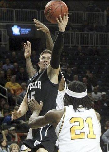 La Salle hounded Rotnei Clarke all game long, but a couple key buckets down the stretch by the Butler star proved to be the difference. (AP)