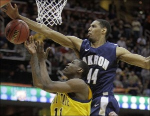 Seven-Footer Zeke Marshall And Akron Are Looking Down on the Rest of the MAC (Associated Press)