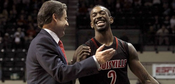 Russ Smith won Louisville's game over Cincinnati on Saturday with a late jumper. (AP)
