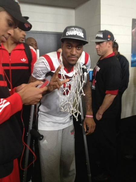 Kevin Ware Gives the L Wearing One of the Championship Nets