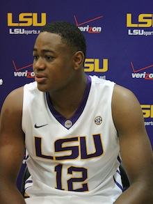 Jarell Martin hurt his ankle just one minute into his college career (Scout.com)