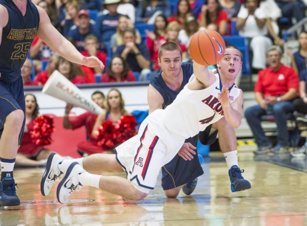T.J. McConnell Is The Type Of Scrappy, Pass-First Point Guard That Has Been Missing At Arizona (Arizona Athletics)