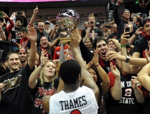 Xavier Thames and A Boisterous Crowd Helped San Diego State Capture The Wooden Legacy Title (USA Today Sports)