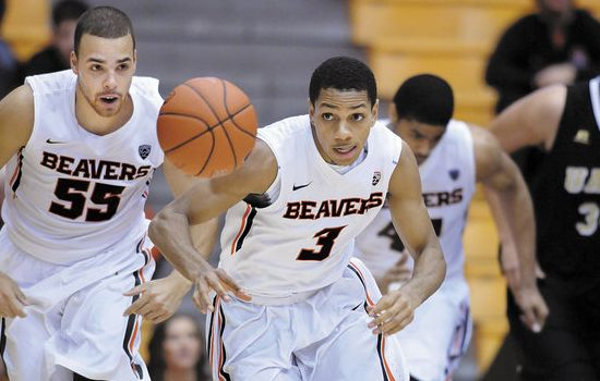 Oregon State point guard Hallice Cooke (#3) has started the last four games, in which the Beavers have gone 3-1. (AP)