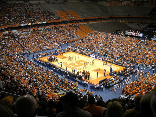 Record Carrier Dome Crowd Awaits Duke. (Photo: Wikimedia Commons)