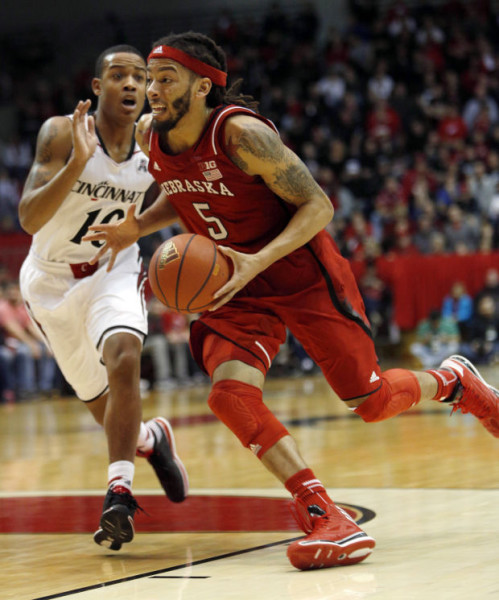 Terran Petteway once again lead Nebraska in scoring when they beat Illinois Sunday night. (AP)