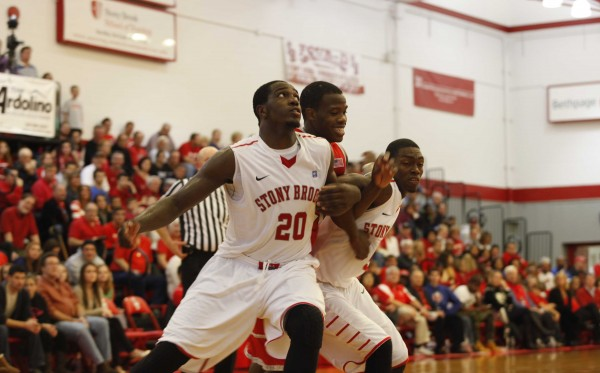 Jameel Warney and the Seawolves look to take control of the America East tonight. (Ryan Restivo/Big Apple Buckets)