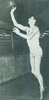 "Hank Luisetti's ""Controversial"" Shooting Form"