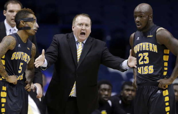 Donnie Tyndall is our O26 Coach of the Week. (NAM Y. HUH — AP)