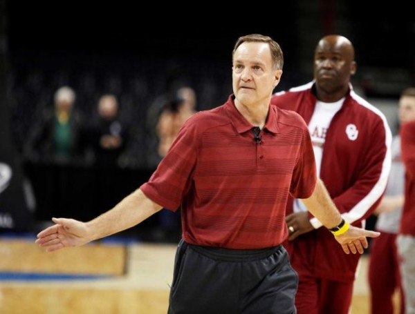 Lon Kruger is the only coach in NCAA history to take five different teams to the tournament. (Young Kwak/Associated Press)