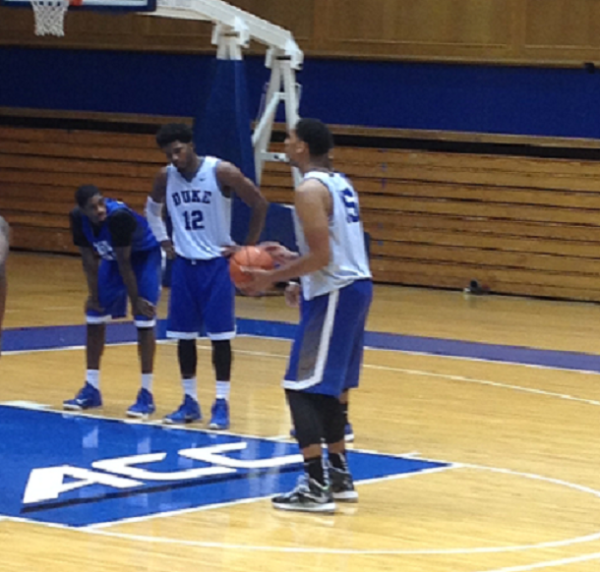 Freshman Jahlil Okafor has Great (Big) Hands (rushthecourt.net)