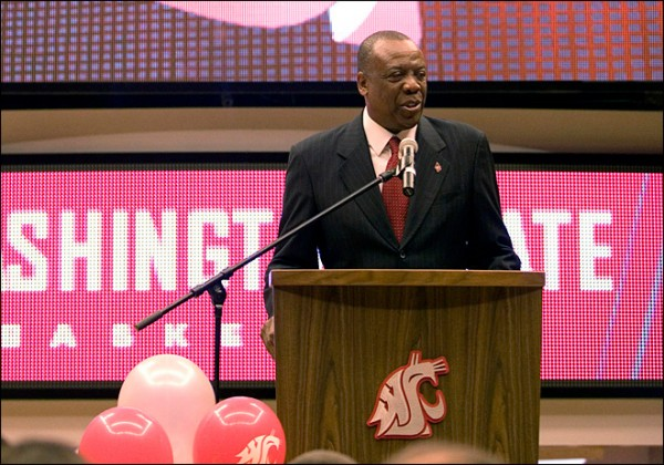 New Head Coach Ernie Kent Brings New Hope To The Paloose (Geoff Crimmins, AP Photo)