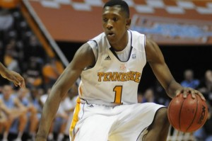 Josh Richardson gives Tennessee a glimmer of hope. (Nooga.com/Billy Weeks)