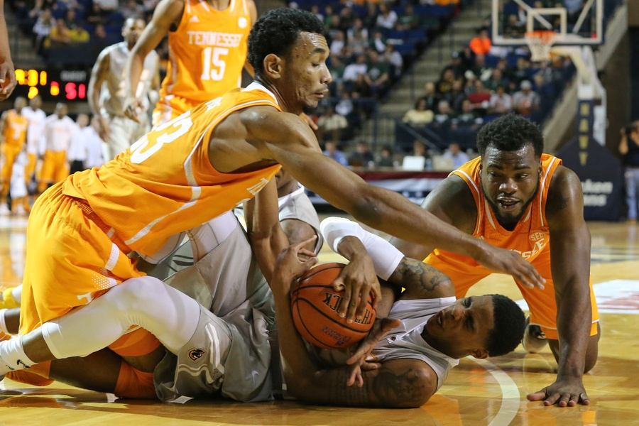 Tennessee Fought Hard But Never Put Together a Run Against VCU (USA Today)