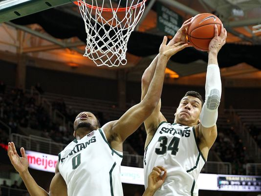 Michigan State's Gavin Schilling had a big night against Santa Clara on Monday. (Photo: Mike Carter, Mike Carter-USA TODAY Sports)
